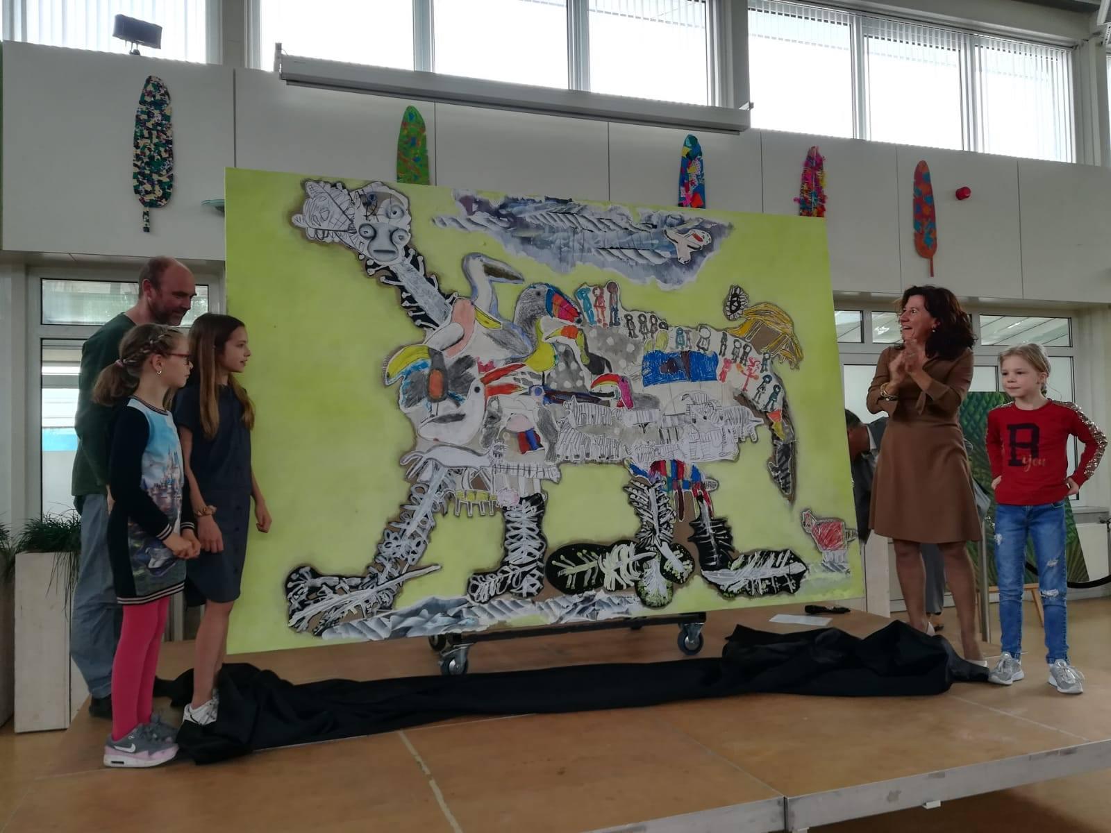 Kunstwerk SO-leerlingen en kunstenaar Reinoud van Vught onthuld